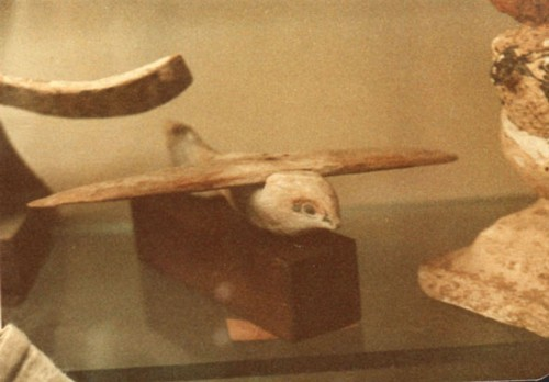 The Saqqara Bird - a model glider?
